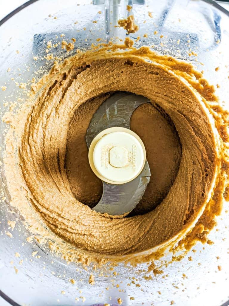 Cashew butter in blender